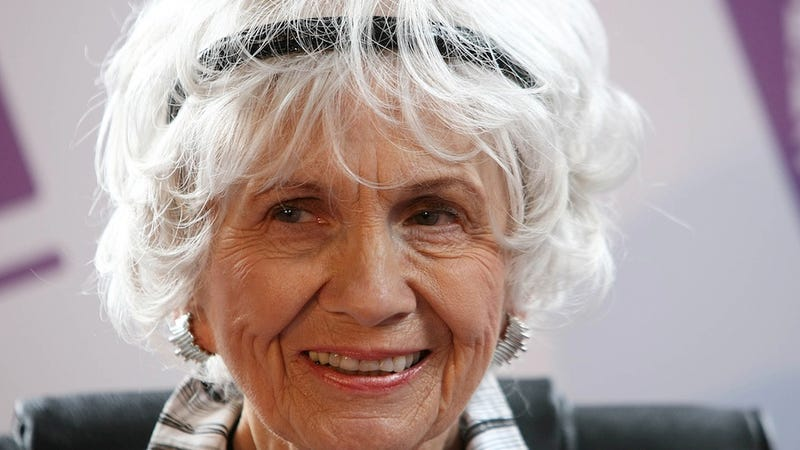 Alice Munro Becomes 13th Woman to Win Nobel Prize in Literature