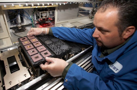 IBM's New CPU Hits 4.7GHz without Breaking a Sweat