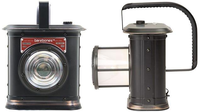 Modern Conveniences Make This Retro Flashlight New Again