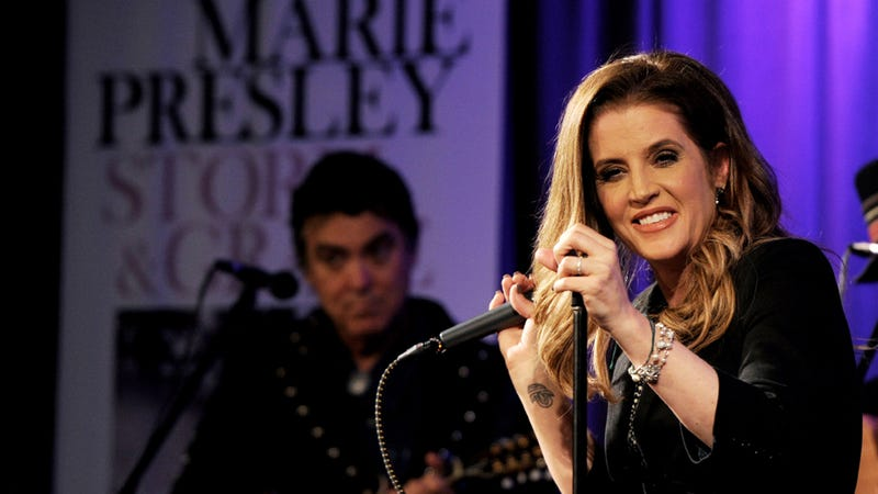 From King's Daughter to Lowly Fishmonger: Lisa Marie Presley Is Selling Fish and Chips out of the Back of a Van