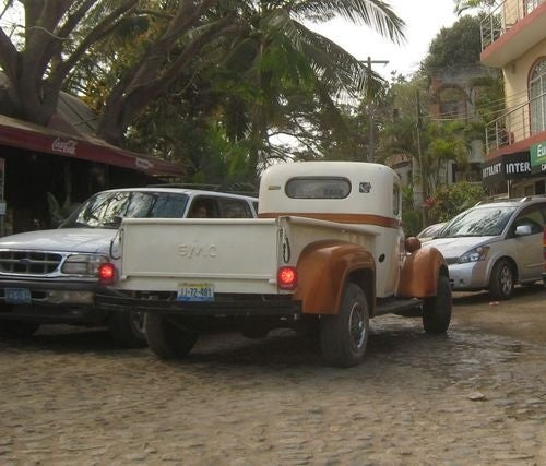 Abajo en la Calle Nayarit