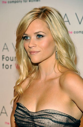 Reese Looks Lovely For The Cause