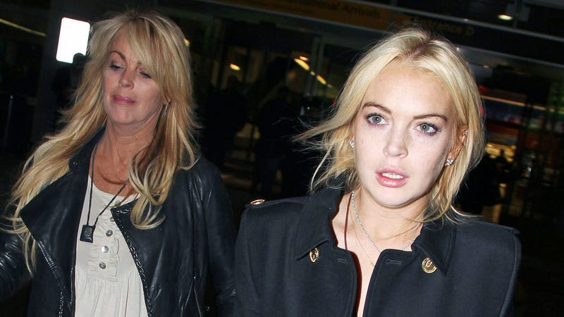 Lindsay Lohan's Paparazzi-Induced Anxiety Attack, and Other Panics