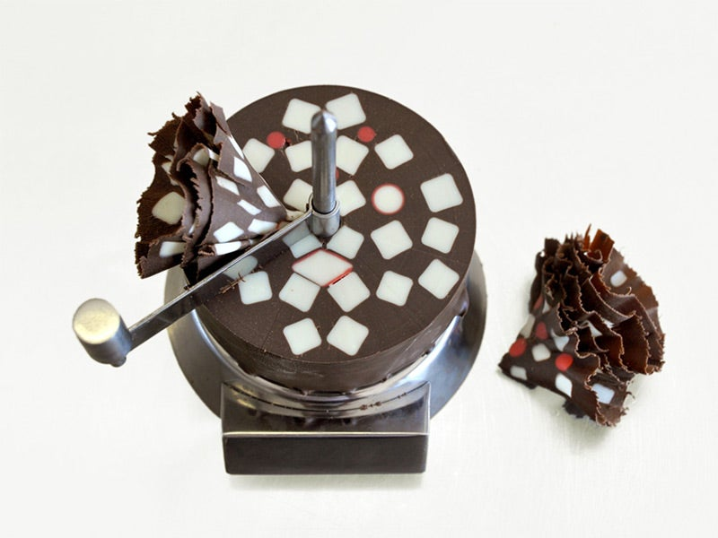 Huge chocolate mill reveals delicious changing geometry as you shave it
