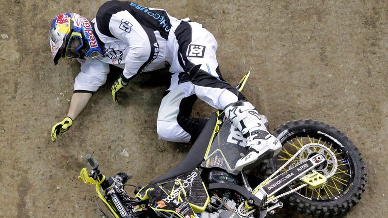 Travis Pastrana breaks foot in X-Games, cancels Nascar debut