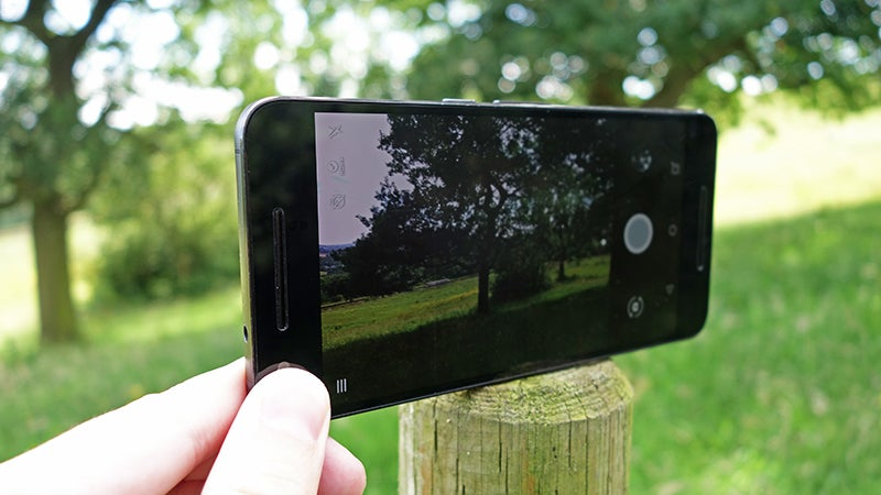 8 Tricks to Take Better Photos With Your Phone
