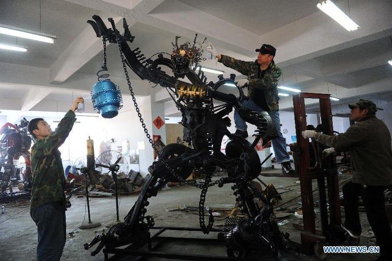 """Lunatic Builds Transformers """"Theme Park"""""""