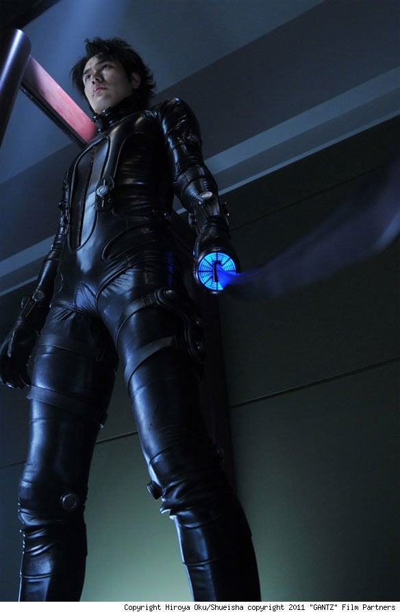 Gantz is the best alien deathmatch we've seen in ages