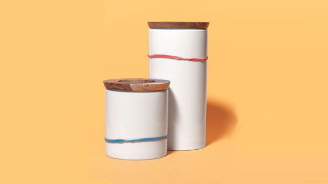 Use Rubber Bands as Canister Measures