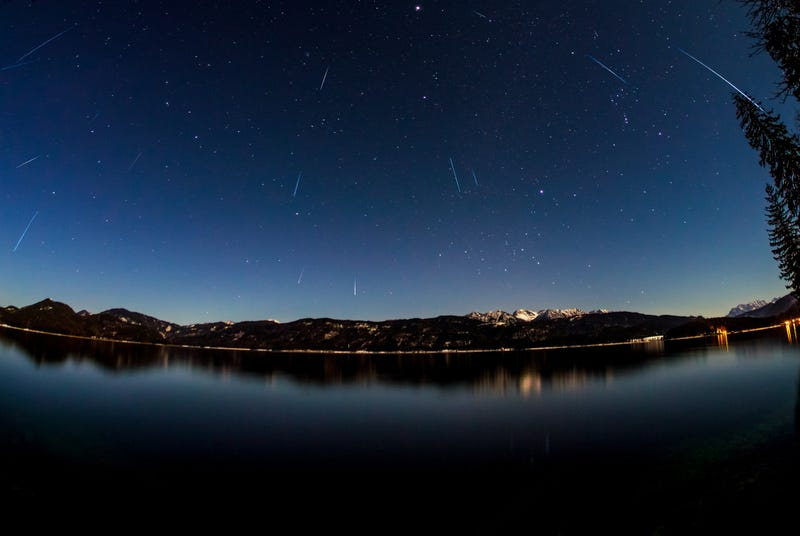 The Biggest Meteor Shower of the Year Is This Weekend and Here's How to Watch