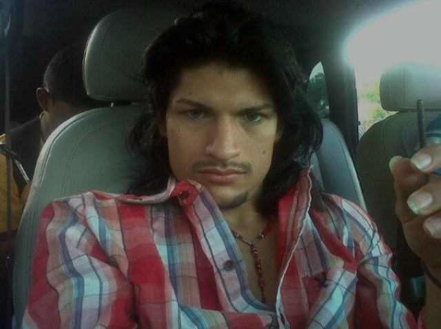 Mexican Drug Cartel Selfies Show the Pouty Side of Crime