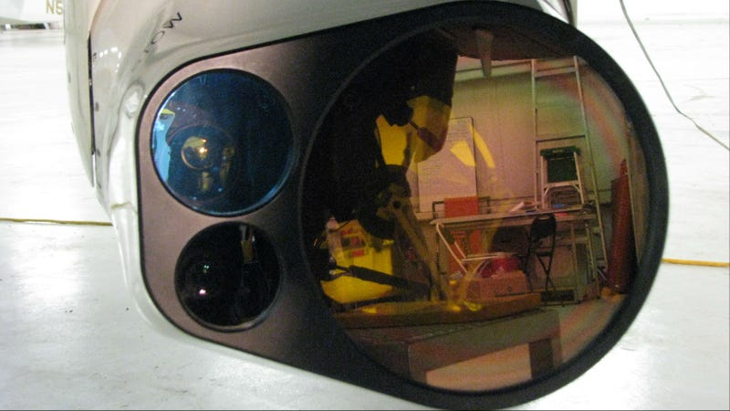 This Hyperspectral Eye in the Sky Gives Police Planes X-Ray Vision