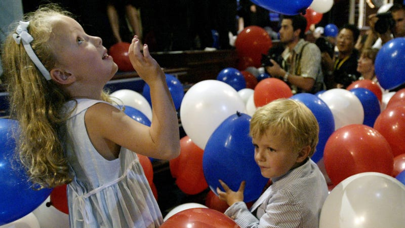 Democratic National Convention Accused of Discriminating Against Mothers