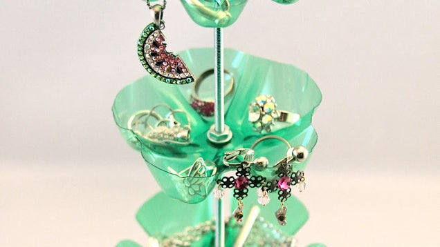 Make a jewelry stand out of plastic soda bottles for Things to make out of plastic bottles