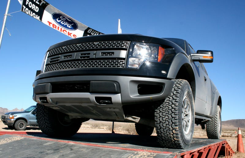 2010 Ford F-150 SVT Raptor: First Ride
