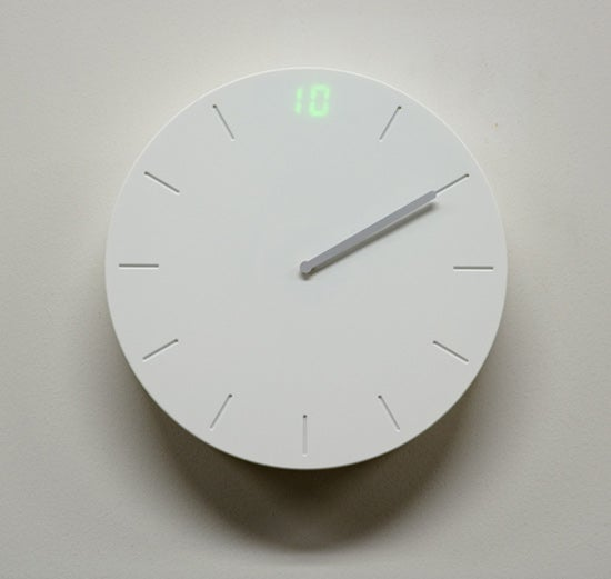 Digital/Analog Clock Design Meets You Halfway