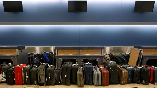 Miami International Airport Invites You to Profit Off Others' Ruined Vacations