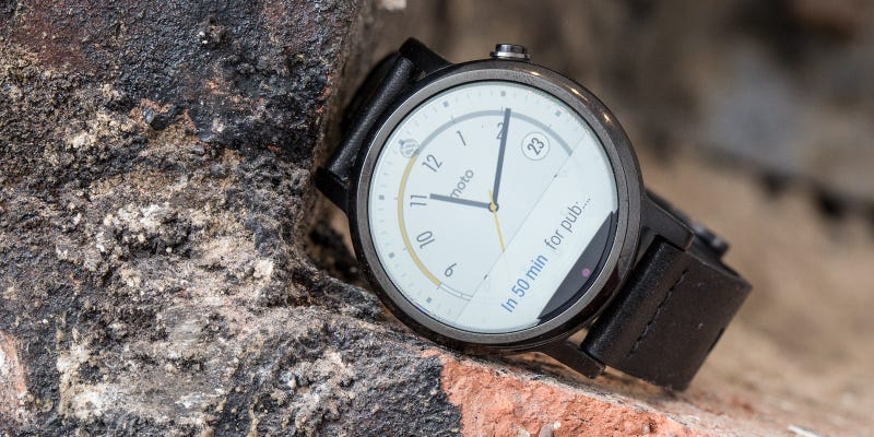 The Moto 360 (2015) Review: Putting the Watch Back in Smartwatch