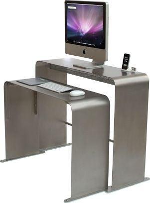 OneLessDesk Is an Efficient, Futuristic Workspace