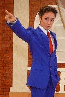 Phoenix Wright, As Cross-Dressing All Female Musical
