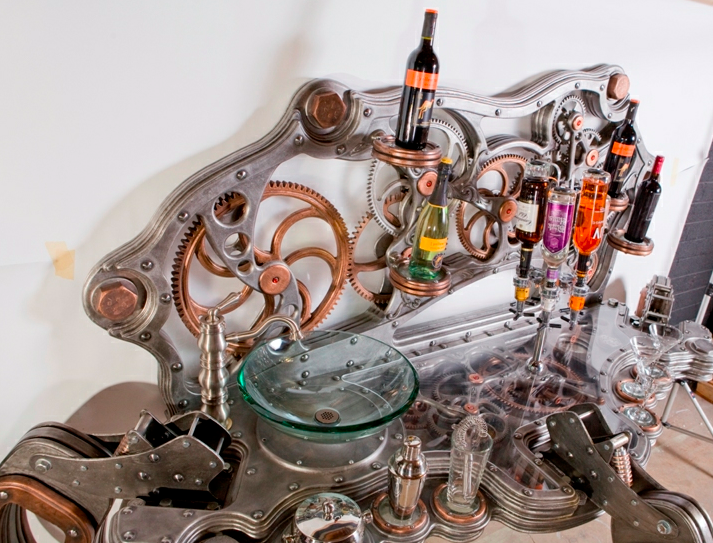 The Steampunk Bar(tender) That You Never Have to Tip