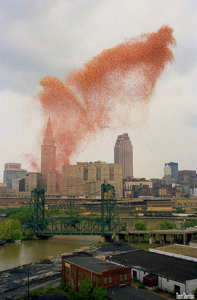 That Time Cleveland Released 1.5 Million Balloons and Chaos Ensued
