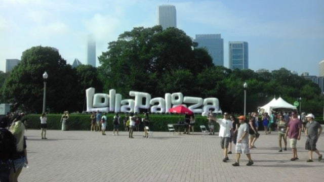 This Is the Gizmodo Reader Correspondent Reporting Live from Lollapalooza 2011