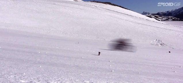 Video: Insane guy breaks the world mountain bike speed record