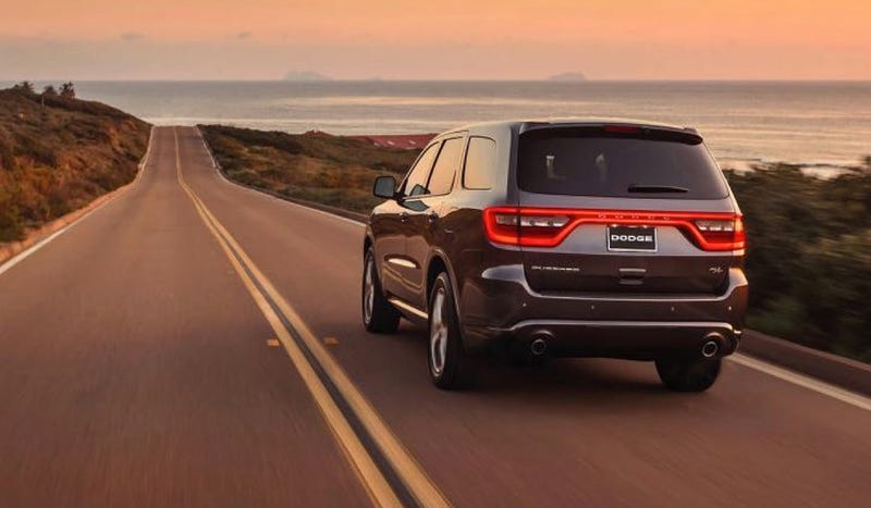 Hey Look It's The 2014 Dodge Durango And It Can Tow Cars And Has LEDs