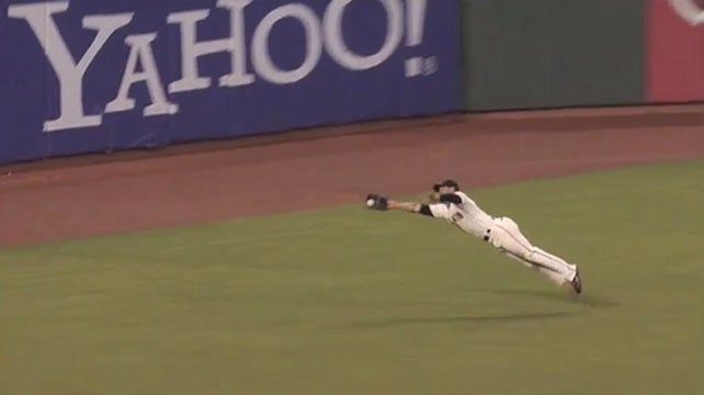 Gregor Blanco's Diving Catches Are Becoming Even More Impressive