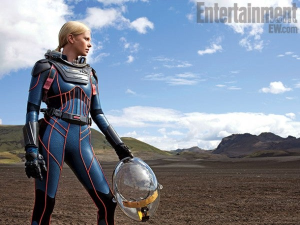 Gorgeous new Prometheus photos showcase the insane detail on each space suit