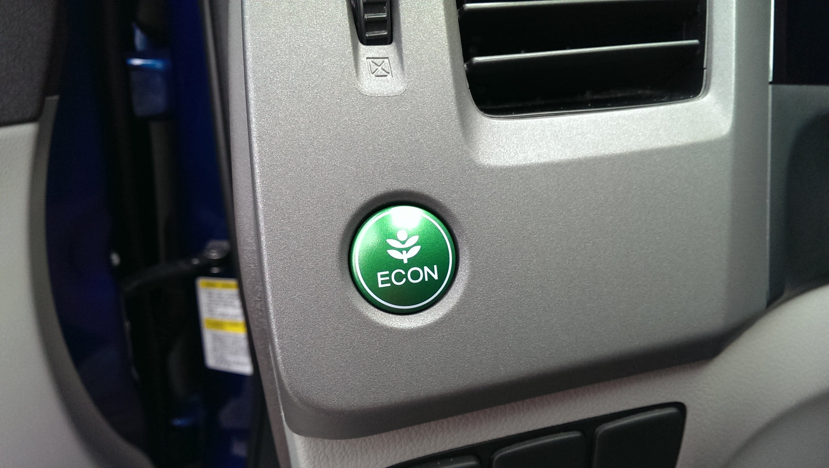 Breaking This Honda Civic has an Econ Button