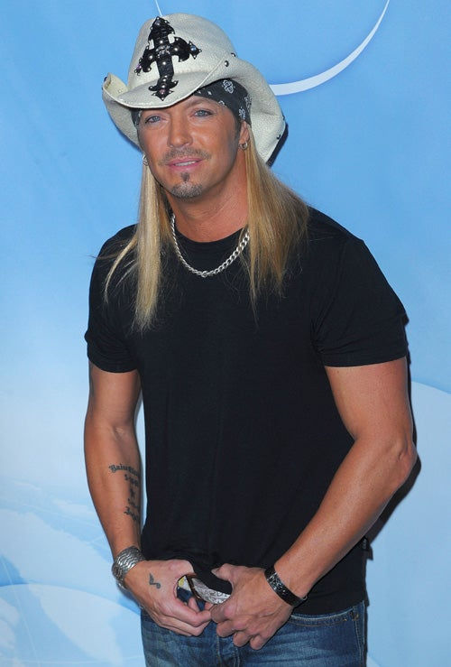 Bret Michaels To Judge American Idol; Miley Cyrus Spills About Nick Jonas