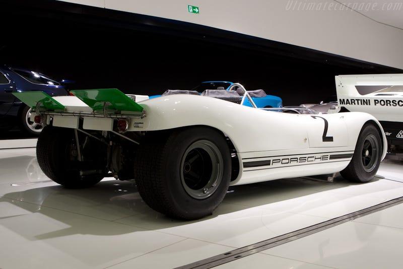 Simple is beautiful: the Porsche 909 bergspyder