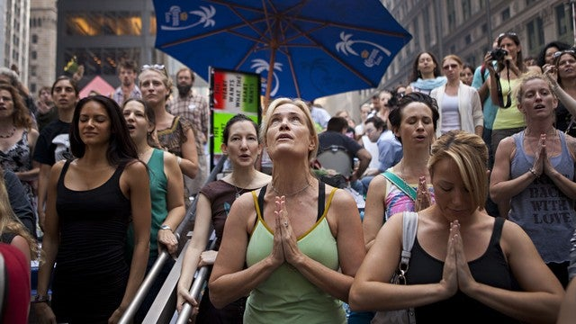 Point-Missing Dudes Declare Occupy Wall Street's Women 'Hot'