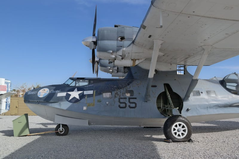 Palm Springs Air Museum: Where Old Planes Go To Be Restored