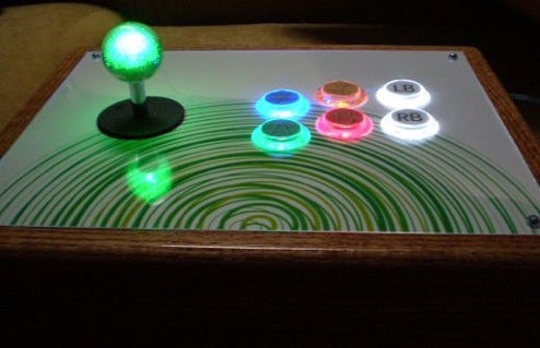 Arcade-Style Mod Gives Xbox 360 Controller Glowing Buttons