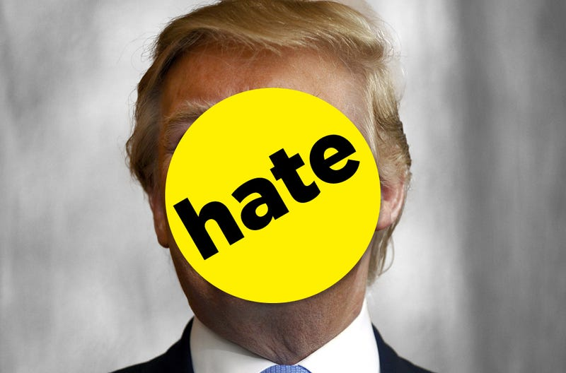 BuzzFeed's Trump Takedown Drives Breitbart to the Brink of Insanity