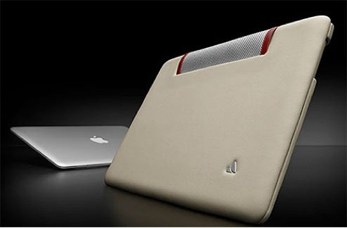 Vaja Ivolution is Leather Protection, Not Gimp Suit for MacBook Air