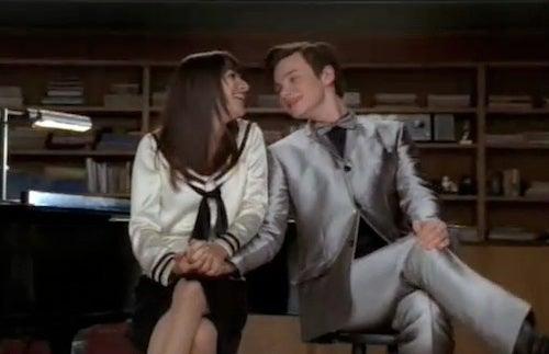 Glee: Everyone's Duetting It (Except Kurt)
