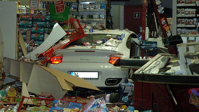 Watch A Turbo Porsche Fly Into A Turkish Gas Station