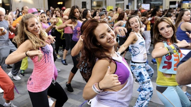 Women's fitness activewear workout clothes exercise clothing. very cool looking and just right for zumba