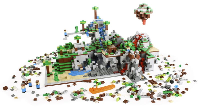 Lego Is Making Two New Minecraft Sets