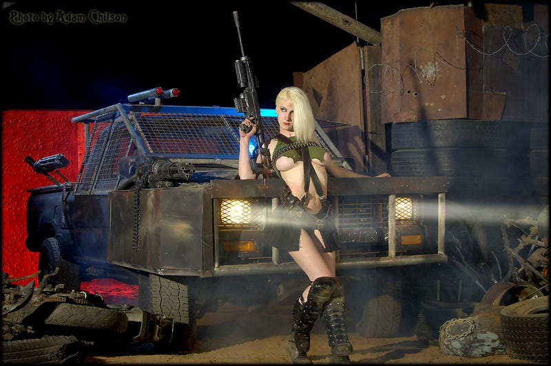 Sexy Post-Apocalyptic Fashions and Giant Crossbows from This Year's Mad Max Festival! [NSFW]