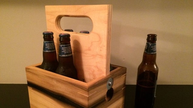 This DIY Wooden Beer Caddy Protects Your Six Pack