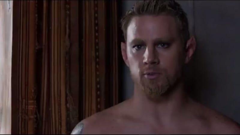 Jupiter Ascending: Channing Tatum Has Elf Ears, Mila Kunis Needs Help