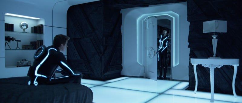 Tron Legacy high-res stills