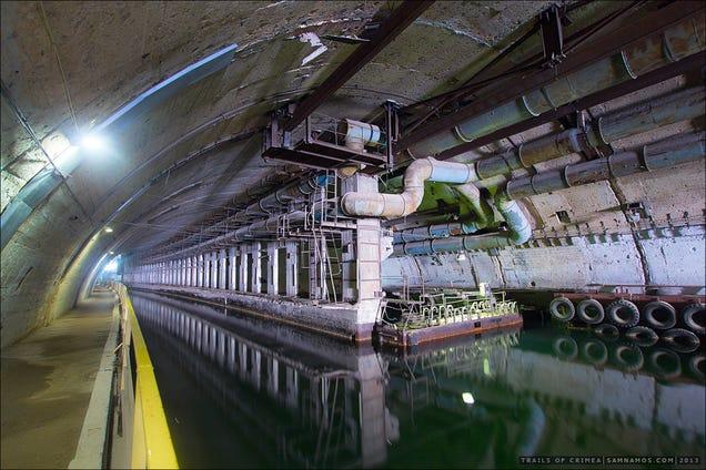 El distópico mundo de las bases de submarinos abandonadas 805315682640197037