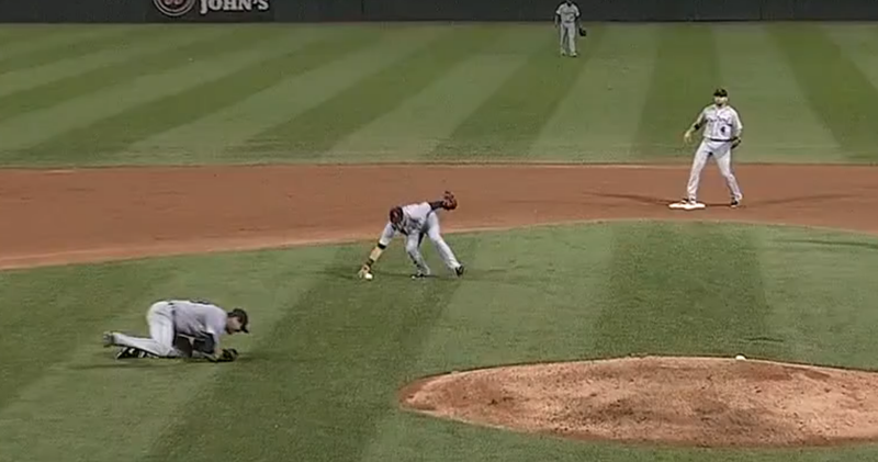 Jose Iglesias Makes Ridiculous Bare-Handed Play