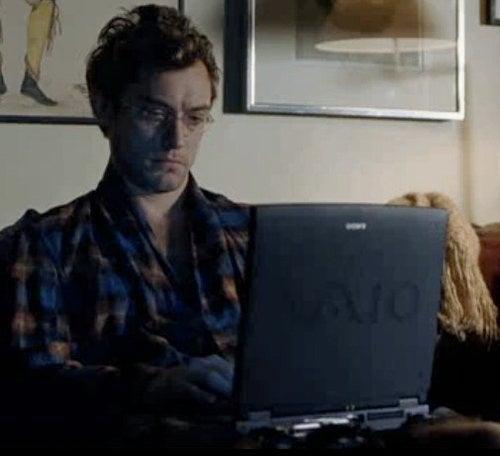 Jude Law Plays A Matt Drudge Clone In Soderbergh's Contagion